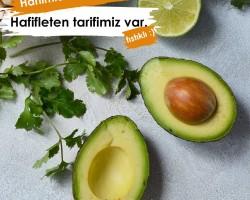 Yer Fıstıklı Avokado Salatası